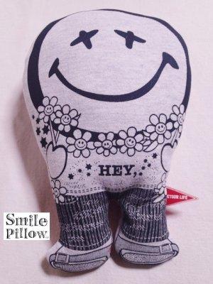 """画像1: Smile Pillow×デトアーライフ """"HEY"""" ブラック×チェリー"""