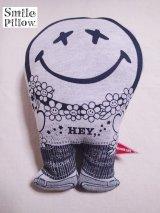"""Smile Pillow×デトアーライフ """"HEY"""" ブラック×ブラック"""