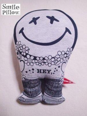 """画像1: Smile Pillow×デトアーライフ """"HEY"""" ブラック×ブラック"""
